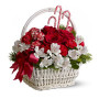 Fiori a domicilio   Cesto natalizio con rose e alstroemeria