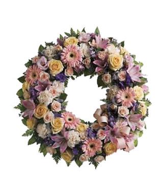 corona-funebre-dai-fiori-pregiati-dai-toni-tenui