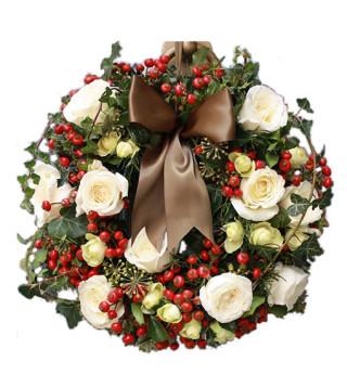 Fiori a domicilio |Ghirlanda di Natale con rose bianche